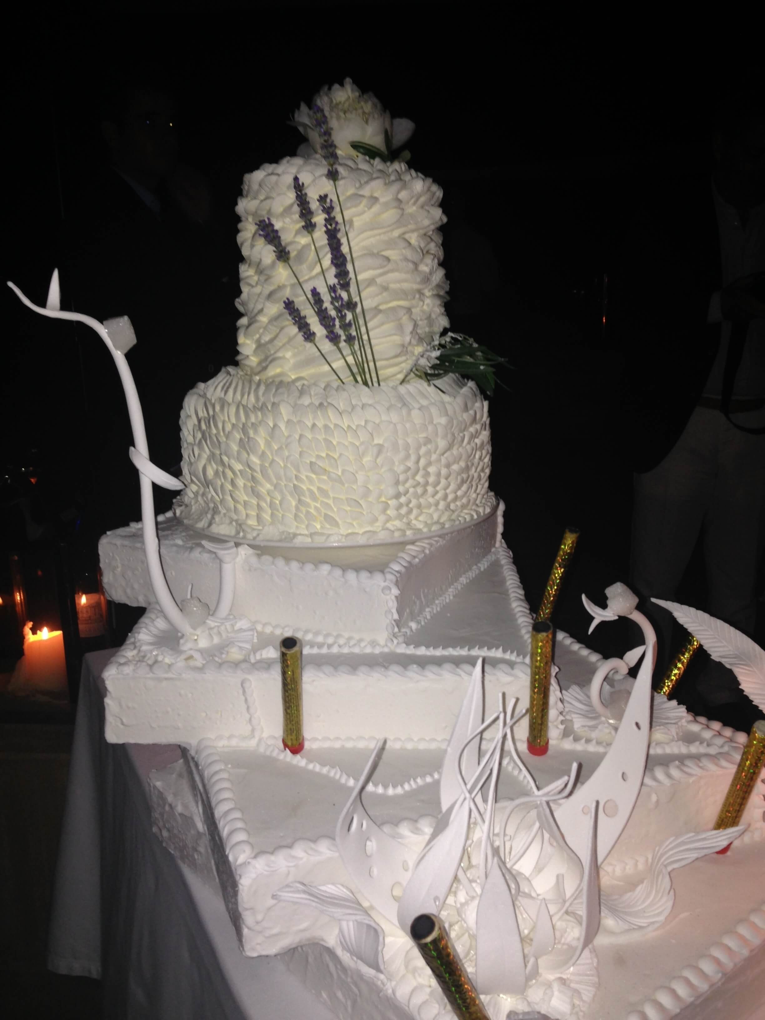 Pièce artistique mariage - weeding cake by Vincent Catala Chef Pâtissier & Cuisinier/French Private Kitchen & Pastry Chef - Catering in Miami