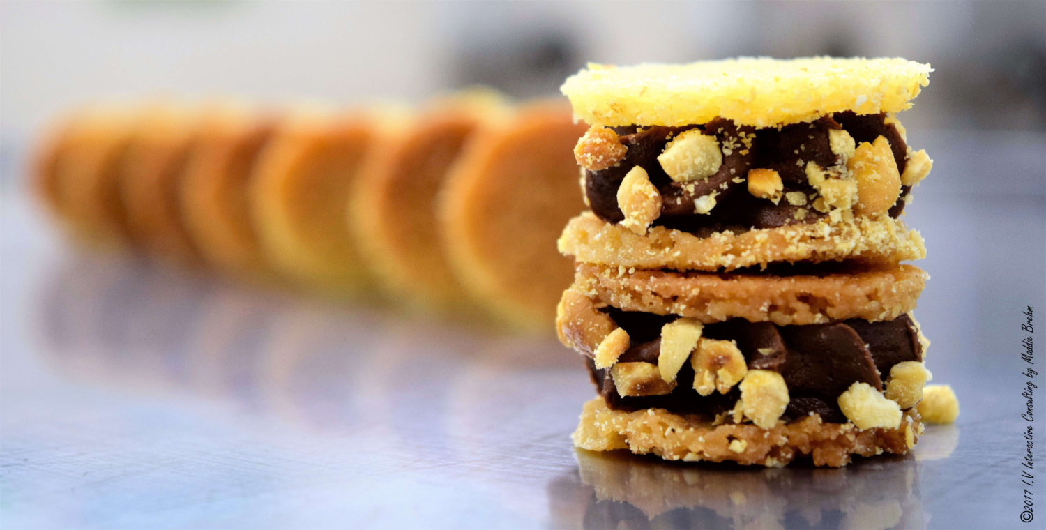 Peanut-chocolate-shortbread by Vincent Catala Chef Pâtissier & Cuisinier French Private Cuisine & Pastry Chef - Catering in Miami