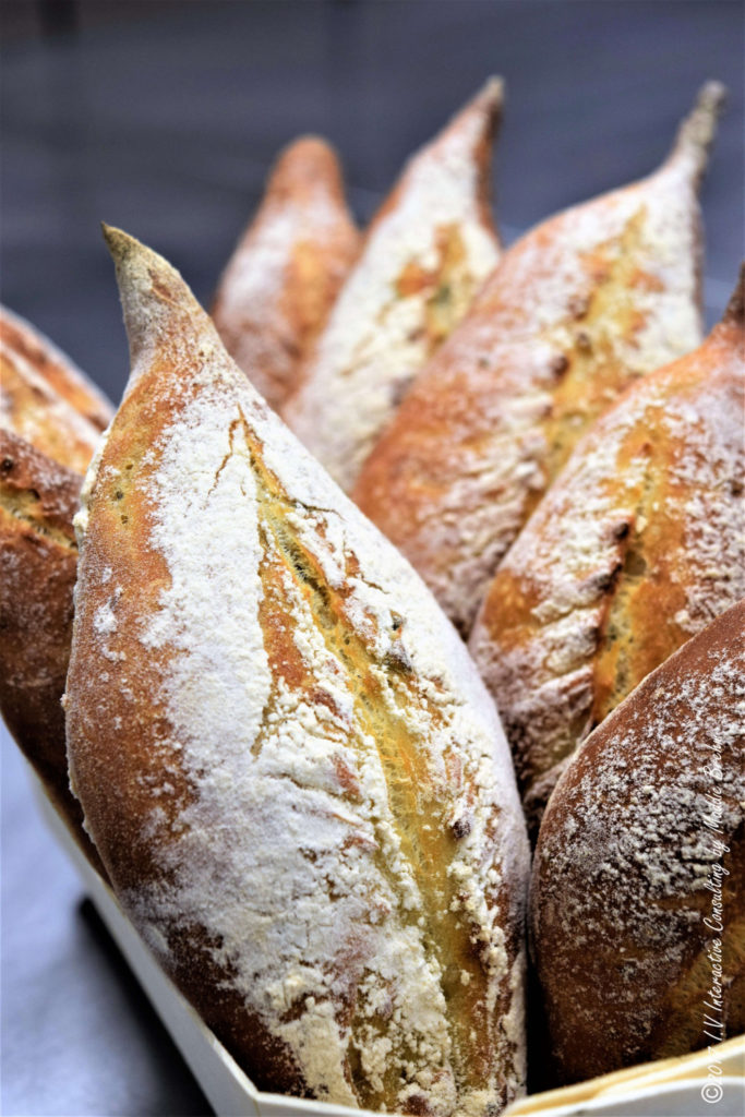 garlic-sage-bread-vincent-catala-19